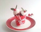 Christmas Ornaments / Christmas Decorations - Mini Felt Christmas Plum Puddings (Set of 3) in baking cup - Gifts under 15