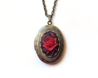 Beauty and Beast Locket Antique Locket-Silver Locket-gift for her.Mother's Day gift.Valentines day. rose locket.photo locket bridesmaid gift