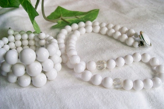 Vintage White Bead NECKLACE and Cuff BRACELET Japan Glass 1950s