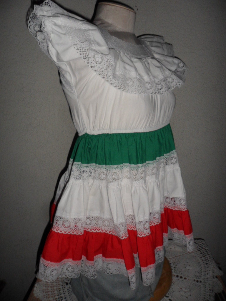 mexican traditional dress size 6 color white green
