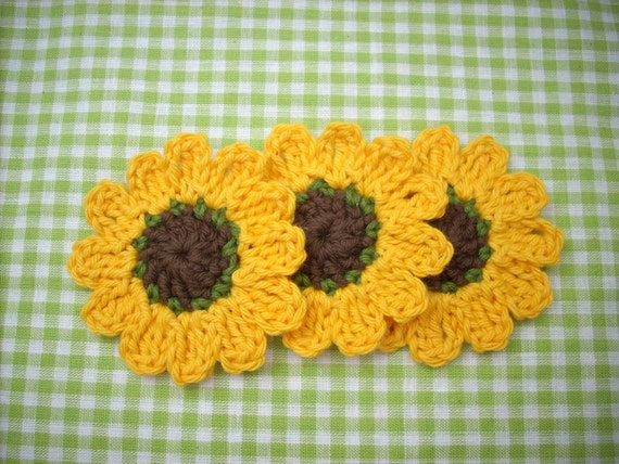 crochet flower crocheted sunflower autumn scrapbook  card applique