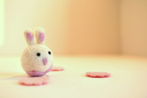 Needle Felted-Tiny Easter Bunny