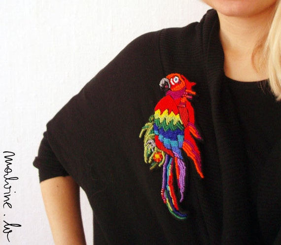 "Parrot jewelry - brooch ""Scarlet Macaw"" - MADE TO ORDER"
