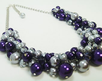 Purple and Gray Pearl Cluster Necklace, Purple Bridesmaid Jewelry, Pearl Chunky Necklace, Purple and Silver Bridal Jewelry, Pearl Necklace.