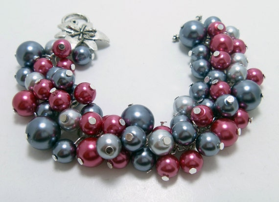 CLEARANCE Pearl Cluster Bracelet -  Gunmetal and fucsia cluster of pearls bridal, bridesmaids chunky beaded bracelet -  Lauren -