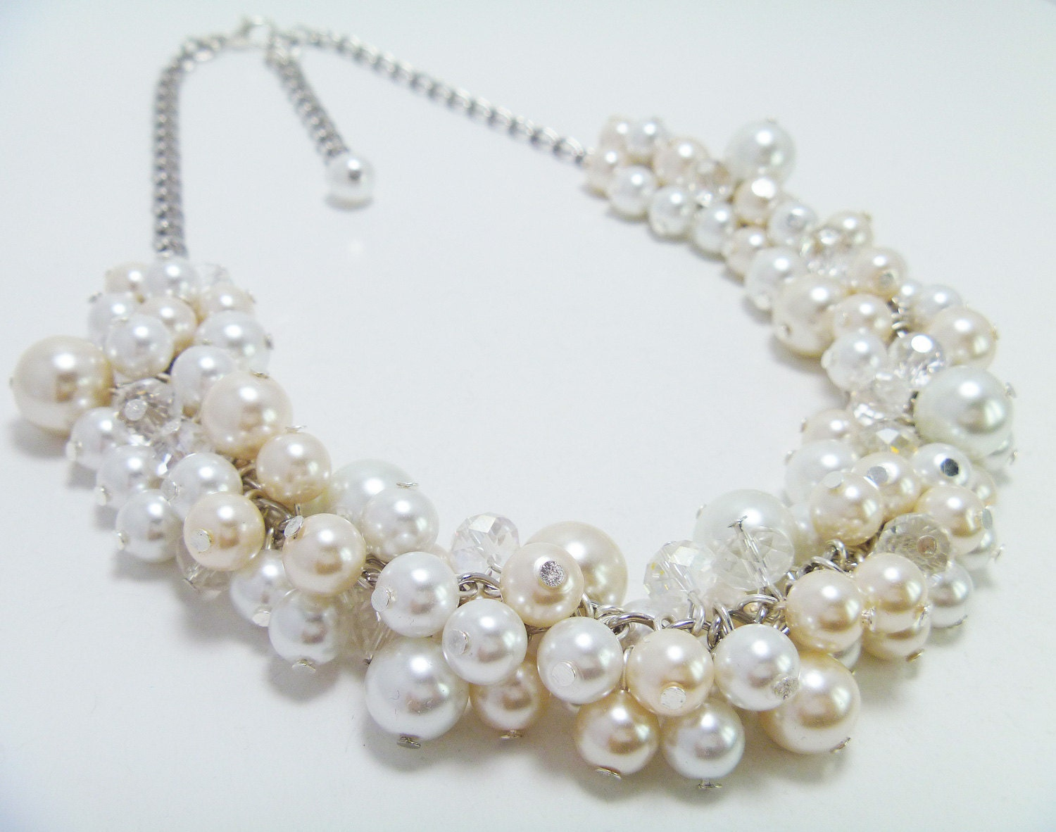Ivory vs White Pearls Pearl Cluster Necklace White