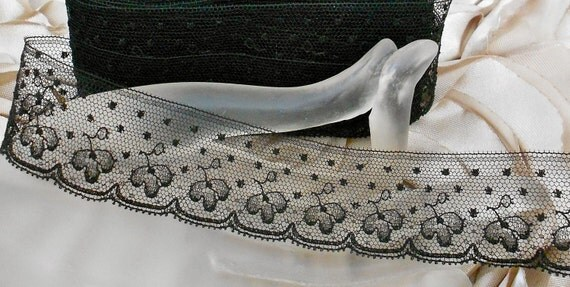 RESERVED for Kikihalb Victorian Black Lace Dotted Trim