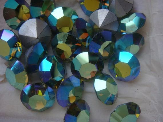 Rare Vintage Swarovski Crystal Olivine AB  Rhinestone Chatons 47ss 11mm  Lot of 12