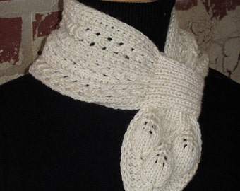 Les Feuilles Blanche Knit Scarf Pattern
