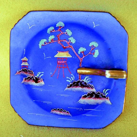 Vintage 1920's Moriyama Mori-machi Moriage Hand Painted Japanese Pagoda Nappy Bowl