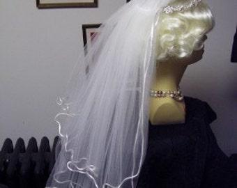 Storybook Heirlooms Veil Headpiece Rhinestones Pearls Tiara Wedding Communion