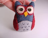 Owl - Party Favor -  Valentines Day - Team Colors