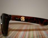 Circle Block Engraved Wayfarer Sunglasses