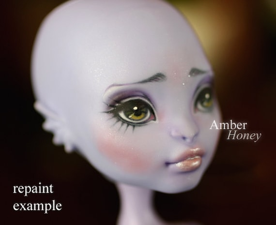 OOAK repaint commission slot - Monster High