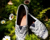 Hand-painted canvas TOMS  with all over Tibetan design
