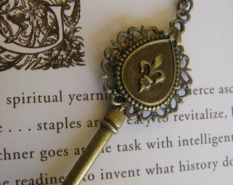 Fleur De Lis Key Necklace Key Charm Fleur De Lis Paris Saints French France  Bronze