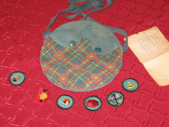 Vintage Plaid Girl Scout Canteen Bag with Six Patches