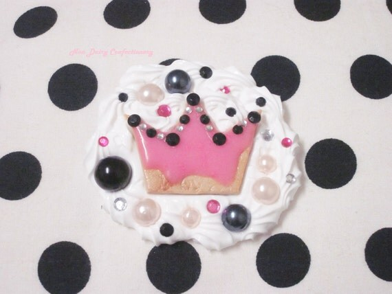 Deluxe Pink Crown Clip