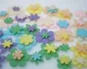 Felt Flower minis - pastels (63 pieces)