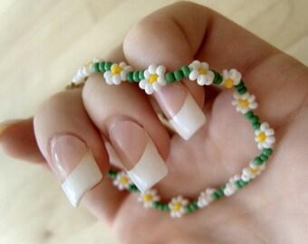 Daisy Chain Bracelet: Seed Beaded Daisy Bracelet, Seed Bead Flower Bracelet UK
