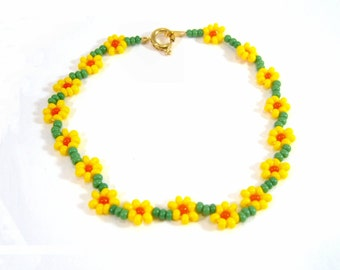 Daffodil Flower Bracelet, Narcissus Bead Bracelet, Daisy Chain Jewellery, UK Sellers Only