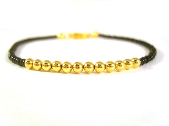 Beaded Bracelet: Simple Friendship Bracelet, Black and Gold, Seed Bead, UK Seller