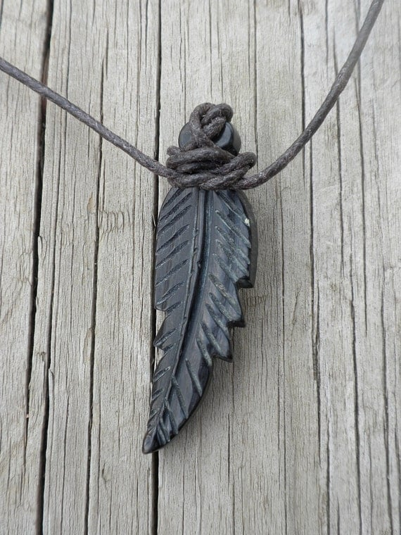 Horn Feather Necklace
