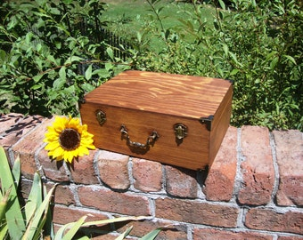 Vintage Style Keepsake Box/Suitcase