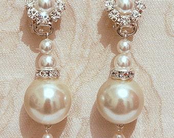 Pearls Bridal Earrings Silver Wedding Chandelier Earrings Vintage Wedding Swarovski Posts Earrings Ivory Rhinestone Crystals Stud Earrings