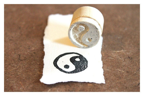 Hand carved Rubber Stamp Yin and Yang - Medium. Completely hand made.