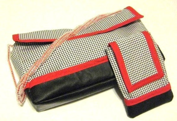 Black Purse, Houndstooth purse, Beaded Strap, Retro