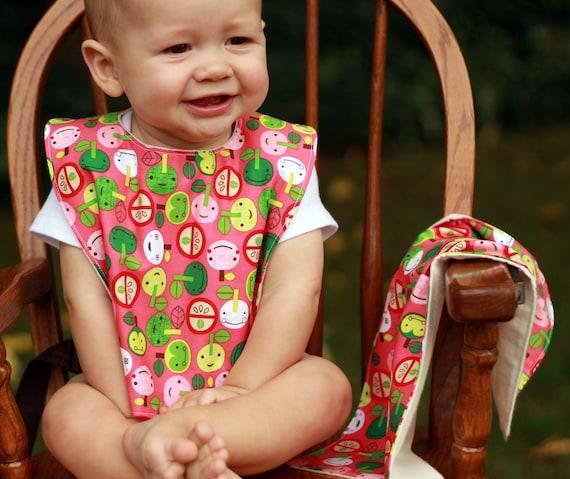 baby bib and burp cloth set.  apples.  baby girl.