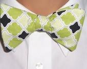 Dream Big - Men's Adjustable Self-Tie Bow Tie in Green, White and Black Print