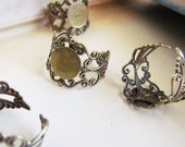 5 Filigree Rings - Antique Bronze - 18mm (adjustable) - 10mm Pad  - Ships IMMEDIATELY from California - A02