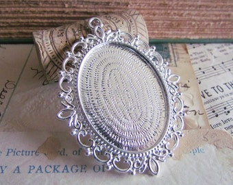 10 Cameo Frames - WHOLESALE -  Silver - 61x48mm - Holds 40x30mm  - Ships IMMEDIATELY from California - SC17a