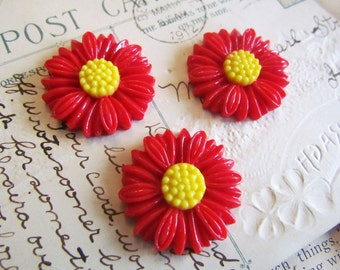 10 Flower Cabochons - WHOLESALE - Red (Daisy Collection) - LARGE - 27mm - Ships IMMEDIATELY from California - C14Ra