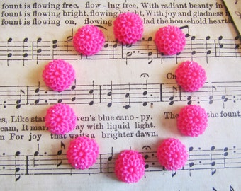 10 Cabochons Pink Magenta Flowers - Kate Collection - 10x5mm - Ships IMMEDIATELY from California - C19M