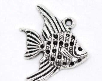 Silver Fish Charms - Antique Silver  - Angelfish - 21x19mm - 8pcs - Ships Immediately from California - SC185