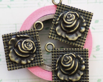 Bronze Rose Charms - Antique Bronze - Flower - Square - 38 x 33mm - 3pcs - Ships IMMEDIATELY from California - BC18