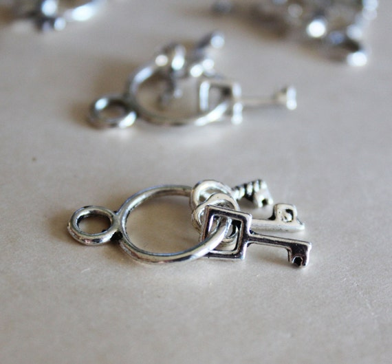 8pcs Silver Keys on Ring Charms 27x12mm - Ships Immediately from California - SC98