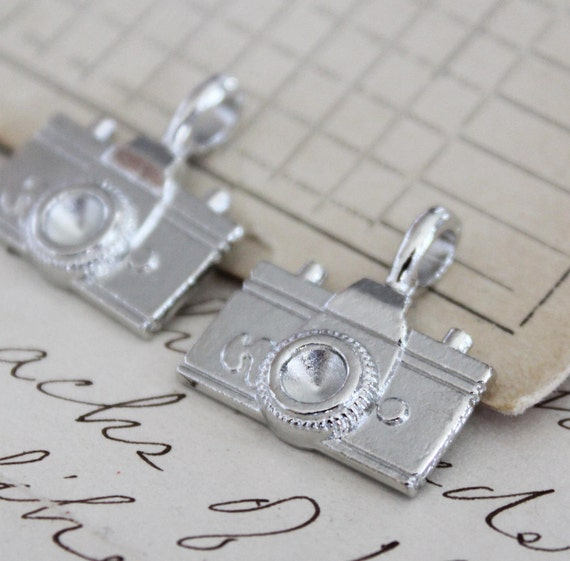 5pcs Antique Silver Camera Charms Pendant 22x21mm - Ships Immediately from California - SC139