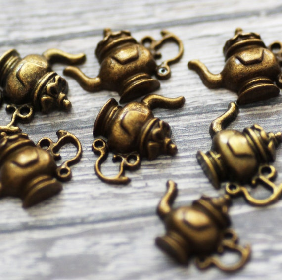 8pcs Teapot Charms 21 x 15mm - Ships IMMEDIATELY from California - BC24