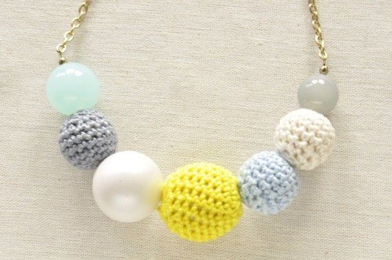 "Pretty Pastel Crochet Bead Necklace ""Meringue"""