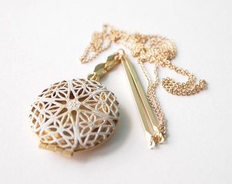 Locket Necklace : Filigree Brass Locket with a Vintage Feel , Bridesmaid Jewelry, gifts for her