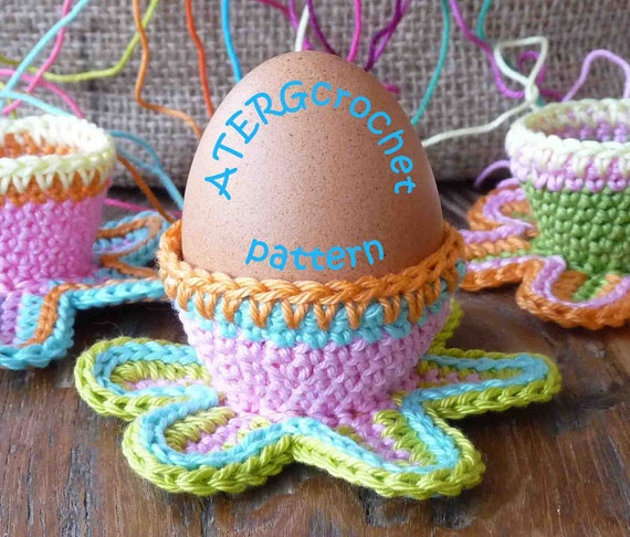 Crochet pattern colorful flower eggcup by ATERGcrochet