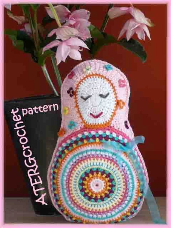 Crochet pattern Matryoshka cushion by ATERGcrochet
