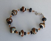 Bracelet With Tigress Lampworked Glass Beads