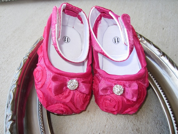 Pink Baby Shoes...Baby Girl Crib Shoes...Crib Shoes...Hot Pink Rosette Shoe with Fancy Rhinestone Button...Boutique Baby Crib Shoes