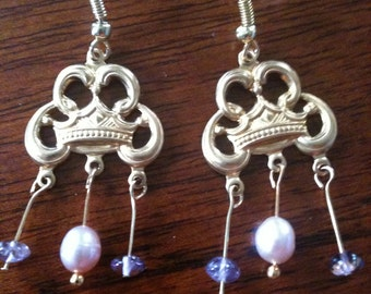 Gothic style Soft pink pearls with flourite accent beads in purple