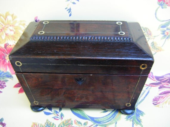 1800's Antique English Mahogany Tea Caddy Box